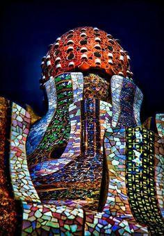 Antoni Gaudi - Parc Guell in Barcelona, Spain Art Nouveau, Art Deco, Parks, Beautiful Architecture, Art And Architecture, Barcelona Architecture, Historic Architecture, Antonio Gaudi, Parc Guell