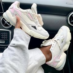new arrival a6a02 18687 adidas falcon Air Max Sneakers, Sneakers Nike, Huaraches, Nike Huarache,  Crocs,