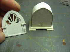 Dollhouse Miniature Furniture - Tutorials | 1 inch minis: How to make a 1 inch scale cathedral radio from paper