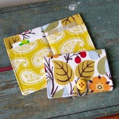 Step-by-step instructions for making a credit card wallet, business, or gift card holder.