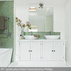 Geräumiges Badezimmer Mit Mosaik