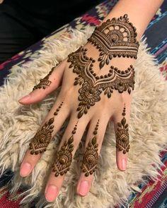 Mehndi Designs Finger, Pretty Henna Designs, Modern Henna Designs, Latest Henna Designs, Basic Mehndi Designs, Mehndi Designs For Beginners, Mehndi Designs For Fingers, Dulhan Mehndi Designs, Simple Mehndi Designs