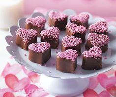 asda valentines day cake
