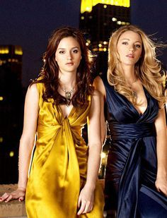 Leighton Meester and Blake Lively - Gossip Girl Blake Lively Gossip Girl, Gossip Girl Cast, Blake Lively Style, Gossip Girls, Gossip Girl Outfits, Gossip Girl Fashion, Blair Waldorf, Blair And Serena, Glam Photoshoot