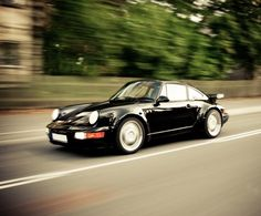 Not usually a C2 body style fan but this one's rather nice. Porsche 964 Turbo