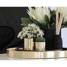 Up-cycle our pure copper and brass Cocolux candle vessels and a planter of vase. Up-cycle our pure copper and brass Cocolux candle vessels and a planter of vase. Coffee Table Styling, Decorating Coffee Tables, Tray Decor, Decoration Table, Coffee Table Decorations, Home Decor Accessories, Decorative Accessories, Coffee Table Accessories, Table Decor Living Room