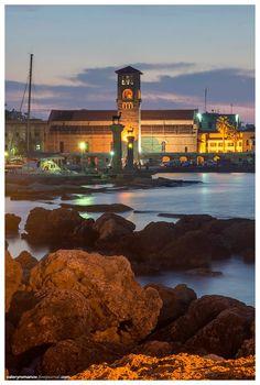 Ρόδος (Rhodos,Rhodes,Rodos) Mykonos, Santorini, Greece Rhodes, Greece Architecture, Greek Sea, Beautiful Places In The World, Purple Haze, Greece Travel, Greek Islands