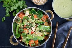 Well Nourished ⎮ Thai Vegetable Stir Fry - an easy to make, super tasty vegetarian (vegan) meal that the whole family will love. Recipe includes Thermomix method.