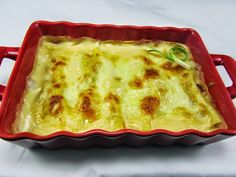 Canelones de merluza y langostinos Ana Sevilla cocina trdicional Pizza Recipes, Mexican Food Recipes, Salad Recipes, Ethnic Recipes, Salmon Cakes, Tasty, Yummy Food, Yummy Yummy, Spanish Food