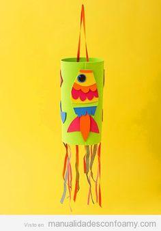 Piñata hecha con foamy o goma eva con un pez para fiestas infantiles
