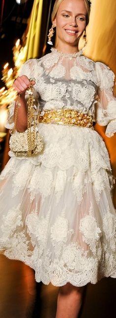 Dolce & Gabbana backstage ♥✤ | Keep the Smiling | BeStayBeautiful