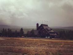 Old faithful inn@Yellowstone
