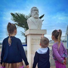 #royan #royanwebtv #preschool #histoire il y a plein de moyens de sensibiliser les enfants à leur territoire! Aujourd'hui c'était histoire avant l'école en bord de mer avec Frédéric Garnier! #charentemaritime #igerscharentemaritime