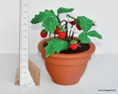 Chi vuole delle fragoline di bosco? #Wildstrawberries #Plant #Handmade #Giftidea #Inthewoods #Fattoamano #Fragolinedibosco #Idearegalo