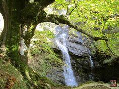 Paisajes para descubrir: 12 paisajes para descubrir en Gorbeialdea Waterfall, Outdoor, Paths, Cities, Naturaleza, Fotografia, Norte, Tourism, Places