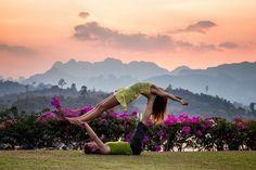 yoga benefits for health Partner Yoga, Beginner Yoga, Yoga For Beginners, Advanced Yoga, Learn Yoga, How To Do Yoga, Practice Yoga, Yoga Fitness, Fitness Tips