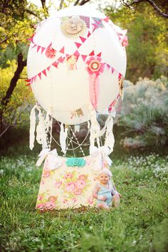 Koko Blush & Co Hot Air Balloon Prop. photographed by Peekaboo Photography  https://www.facebook.com/KokoBlushandCompany