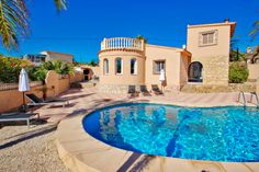 This villa has a last-minute offer: 10% off, if your stay starts before the 19-04-2021. Book now and benefit of the best rates. #costablanca #holidayspain #villa #benissa #calpe #moraira #turisol Villa With Private Pool, Spain Holidays, Benefit, Book, Beach, Kites, The Beach, Beaches, Book Illustrations