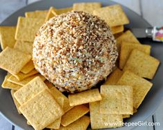 Easy & Delicious Cheese Ball