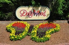 Top 5 Secrets for Saving Money at Dollywood http://www.visitmysmokies.com/blog/gatlinburg/take-a-look-back-at-2014-smoky-mountain-year-in-review/