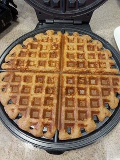 Looking for a healthy, hearty waffle that is BOTH good for you AND tastes good? Want Protein? Fiber? Whole Grains? You got it!   Udderly Granola: 6 Grain Overnight Waffles