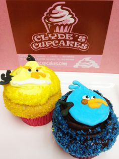 How cool are these Angry Bird cupcakes?!