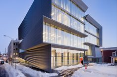Built by Diller Scofidio + Renfro in Providence, United States with date 2011. Images by Iwan Baan. The Perry and Marty Granoff Center for the Creative Arts, designed by Diller Scofidio + Renfro, recently opened for s...