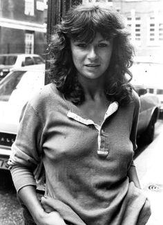 Julie Walters, Academy Award nominee in 1983 and 2000 British Actresses, Actors & Actresses, Amazing Women, Beautiful Women, Julie Walters, Jolie Photo, Sexy Older Women, Belleza Natural, Celebs