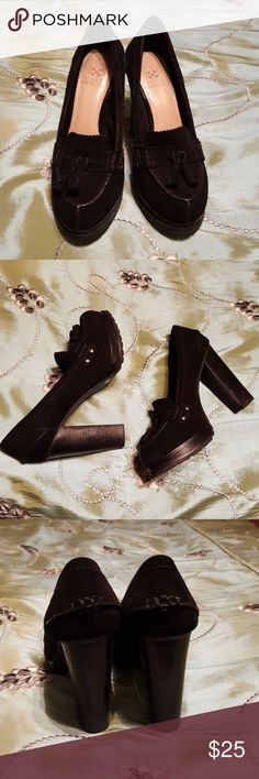 Shoes Very stylish shoes with a lot of details. Perfect for Fall. It has small defects inside shoes, please check last pic. Vince Camuto Shoes