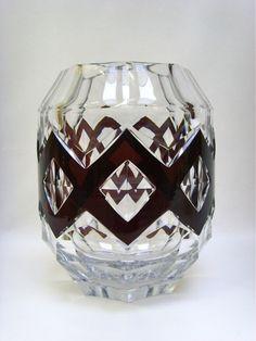 """Important vase en cristal du Val St Lambert de style Art Déco, modèle """"TRIPOLI"""" par Charles Graffart, catalogué en 1939, h30 cm, diamètre +/-25cm, belle qualité"""