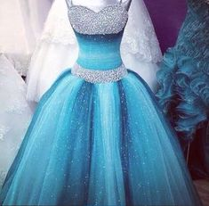 This is what I call a Cinderella dress