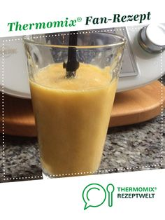 Mango-Bananen-Orangensaft-Smoothie Mango-banana-orange juice smoothie from Fibs. A Thermomix ® recip Smoothie Banane Kiwi, Orange Juice Smoothie, Smoothie Bowl, Smoothie Recipes, Smoothies, Mango Desserts, Clean Eating Snacks, Healthy Snacks, Cafe Food
