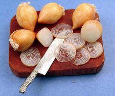 Slicing onions board