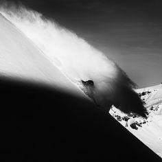 Rider: Lucas Swieykowski; Photographer: Stefan Schlumpf; Location: Chamonix - France