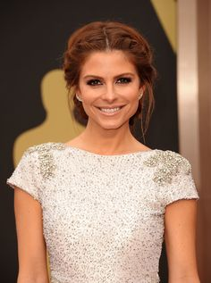 Maria Menounos put a sophisticated spin on milkmaid braids. #Oscars