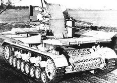 2 cm Flakvierling auf Fahrgestell Panerkampfwagen IV (Prototyp) Panzer Iv, Army Vehicles, Armored Vehicles, Tiger Tank, Ww2 Photos, Armored Fighting Vehicle, Ww2 Tanks, World Of Tanks, German Army