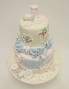 (94) TIERED CAKES