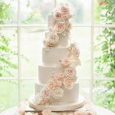 Beautiful Floral Wedding Cake Ideas For Sweet Wedding Ceremony Big Wedding Cakes, Floral Wedding Cakes, Amazing Wedding Cakes, Wedding Cakes With Flowers, Wedding Flower Arrangements, Wedding Cake Designs, Wedding Cake Toppers, Real Flowers, Sugar Flowers