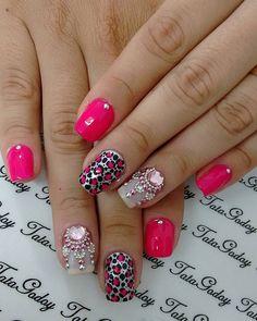 Basic gel pink plus gem work Love Nails, Pretty Nails, My Nails, Beautiful Nail Art, Mani Pedi, Nail Arts, Nails Inspiration, Nail Art Designs, Make Up