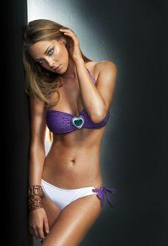 7c658134b6d 7 Desirable μαγιό images   Maillots de bain, Sexy bikini, Beau