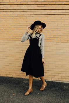 Overall dress with a long-sleeved shirt - Outfits - Modest Fashion Mode Outfits, Fall Outfits, Casual Outfits, Fashion Outfits, Party Outfits, Cute Church Outfits, Cute Modest Outfits, Summer Outfits, Church Outfit Winter