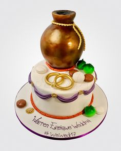 African Traditional Wedding Dress, Traditional Wedding Cakes, Traditional Cakes, African Wedding Cakes, African Cake, Igbo Bride, Igbo Wedding, Engagement Cakes, Fashion Cakes