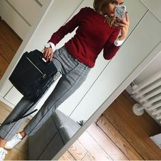 99 Latest Office & Work Outfits Ideas for Women Check latest office & work outfits ideas for women, office outfits women young professional business casual & office wear women work outfits business fashion classy. Office Wear Women Work Outfits, Summer Business Casual Outfits, Casual Office Wear, Office Fashion Women, Casual Work Outfits, Winter Outfits For Work, Professional Outfits, Mode Outfits, Business Outfits