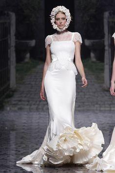 Colección 2013 vestidos de novia de Victorio y Lucchino
