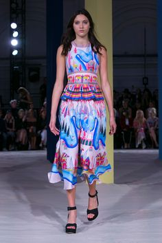 One of the Duchess of Cambridge's go-to designers, Alice Temperley shows her latest looks.