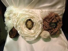 her daughter's wedding..on a budget very sweet ideas!