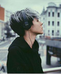 Kristian Kostov, Daniel Wellington, Over Ear Headphones, Singer, Celebrities, Boys, Music, Garden, Baby Boys