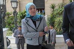 """السلطات المصرية توقف وزيرة في الحكومة السابقة وتحقق معها بتهمة """"إهدار مال عام"""""""