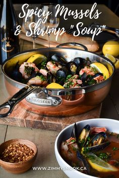 Shrimp Soup, Mussels, Dinner Table, Seafood Recipes, Kale, Bowls, Spicy, Trust, Leaves