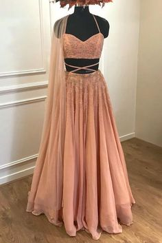 Charming Appliques Tulle Prom Dress, Sexy by fancygirldress on Zibbet Indian Lehenga, Red Lehenga, Lehenga Choli, Plain Lehenga, Lehenga Skirt, Sabyasachi, Lehenga Designs, Indian Wedding Outfits, Indian Outfits